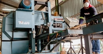 Wood-Mizer TITAN RESAW at UCL Sawmill in South Africa