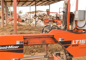 Sawmillers in Ivory Coast build better lives with Wood-Mizer.