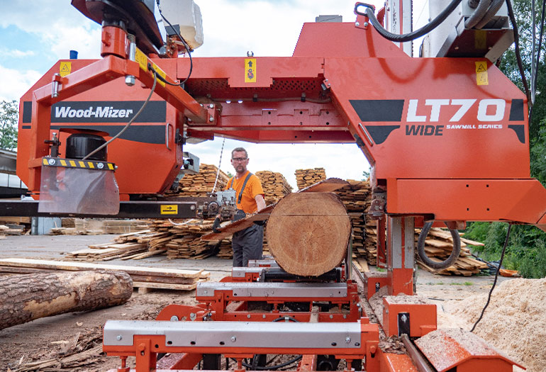 NEW WOOD-MIZER LT70 WIDE SAWMILL - WIDE HEAD AND WIDE BLADES
